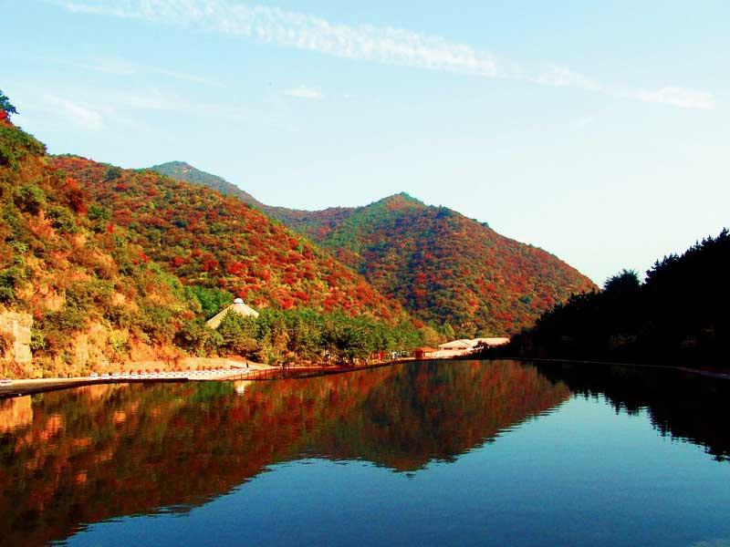 灵石翠枫山自然风景区
